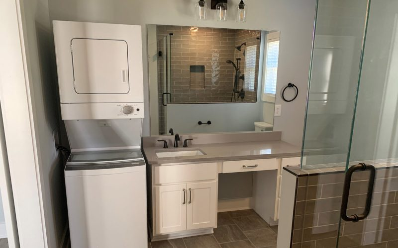MacBuilt Homes Bathroom 10